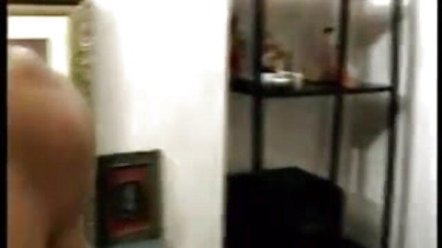 কালো, নানা জাতির বাংলাদেশী এক্সক্স ভিডিও মধ্যে, জিন ছাড়া