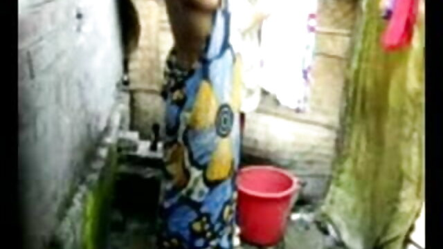 দ্বৈত মেয়ে ও এক পুরুষ www xxx বাংলা video