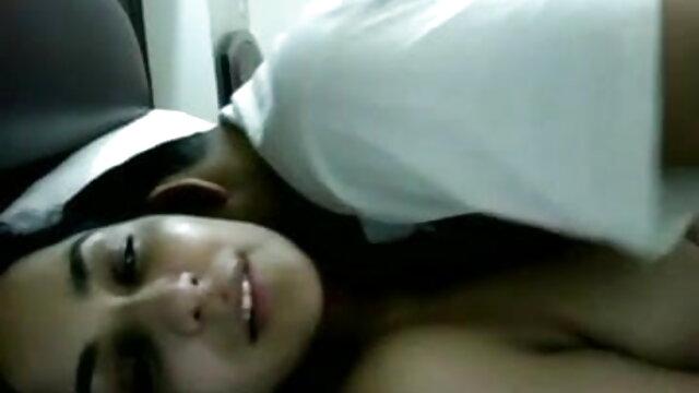 স্বামী বাংলা নাইকাদের xxx video ও স্ত্রী