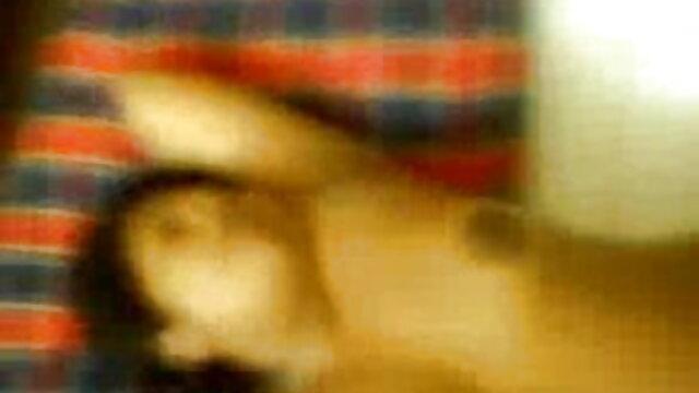 ট্যাক্সি ড্রাইভার গাড়ির xxx বাংলা বিডিও নিম্নস্থান একটি গ্রাহক যোনি করে তোলে.