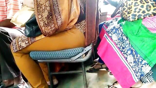 বড়ো মাই, সুন্দরি সেক্সি মহিলার বাংলা কথা সহ চুদা চুদি