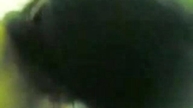 সুন্দরি সেক্সি মহিলার আকর্ষণীয় বাঁড়ার রস খাবার বাংলা xxxx ভিডিও