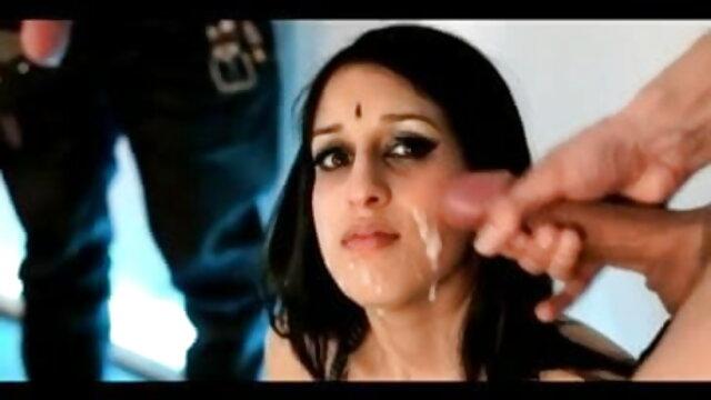 একটা মানুষ, যে হোটেলে নিজেকে বাবার বাংলা video sex সাথে