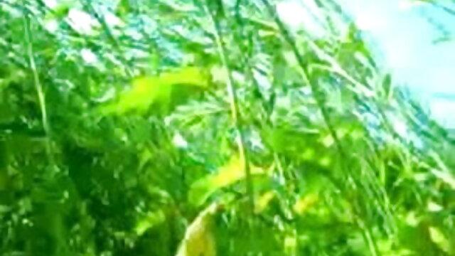 বহু পুরুষের এক xxx বাংলা বিডিও নারির, প্রসাব করা,