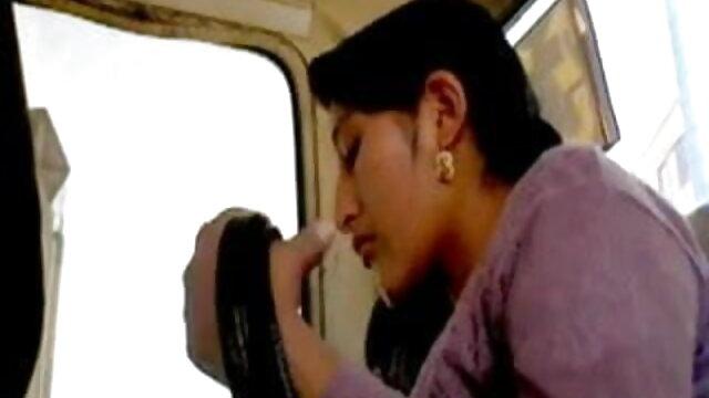 40 বছর বয়সী মমি দুই পুরুষদের সঙ্গে একটি ত্রয়ী www xxx বাংলা ভিডিও ব্যবস্থা