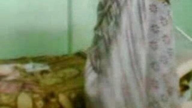 ছোট মাই, প্রচণ্ড উত্তেজনা, বাংলা কথা সহ চুদা চুদি অপেশাদার, দুর্দশা,