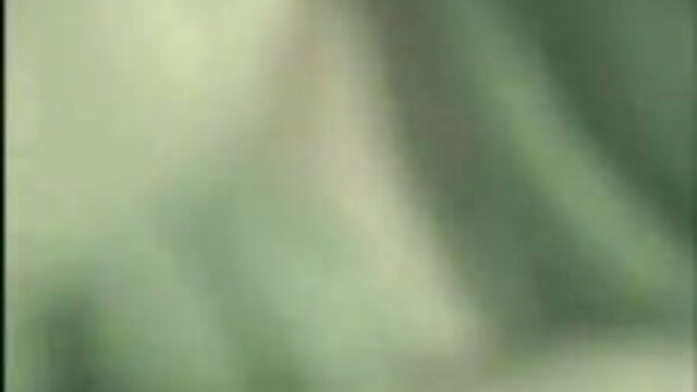 বড় সুন্দরী বাংলা ভিডিও একছ মহিলা